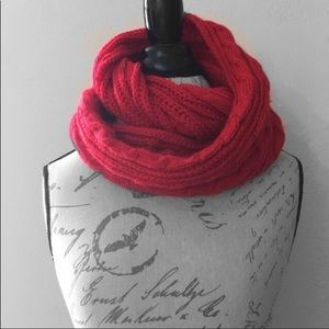 Accessories - ❤️ Infinity Crochet Red Scarf